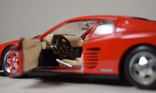 Bburago, Ferrari testarossa, Modell 1:18