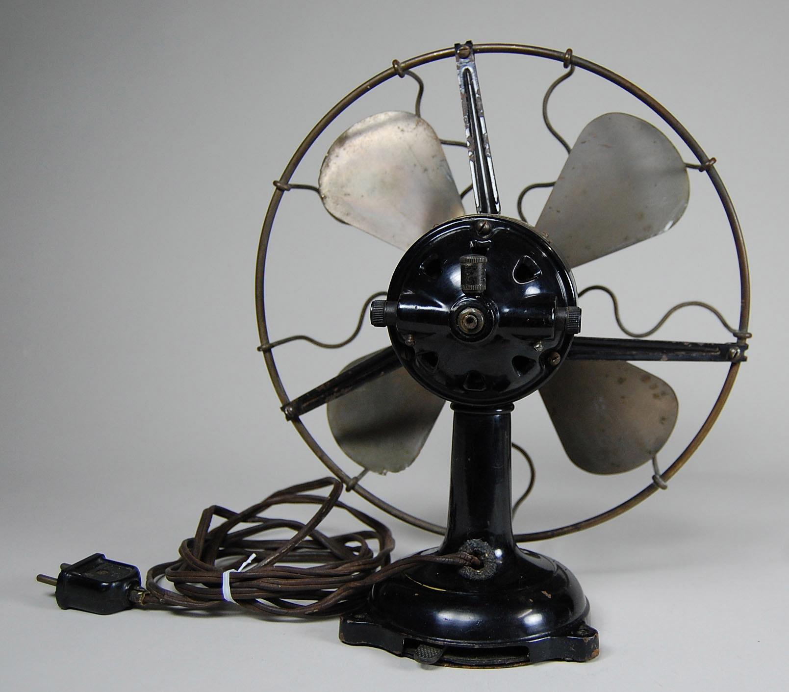 Marelli tischventilator design und klassiker for Design tischventilator